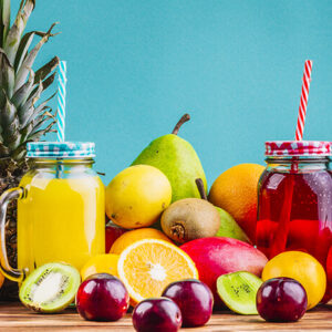 آب میوه های مفید و سالم
