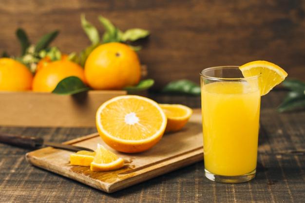 آب پرتقال طبیعی